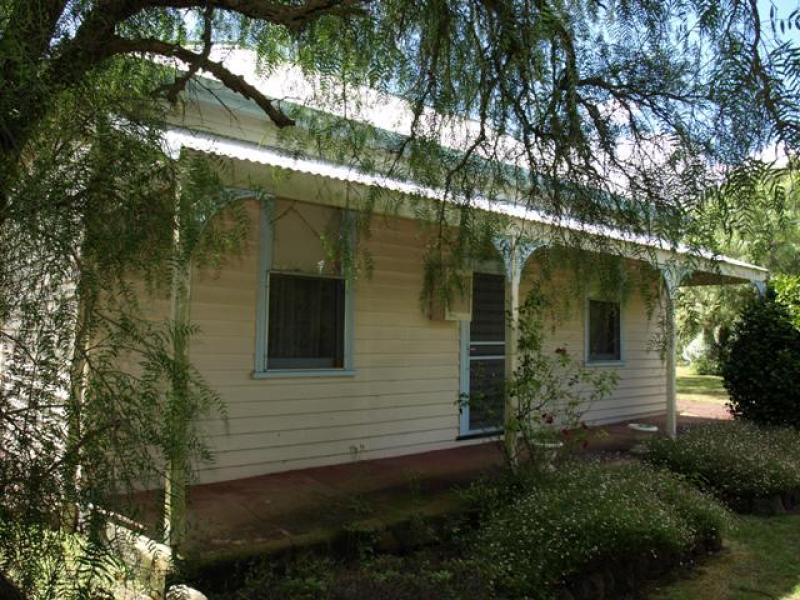 80 Dawson Street, Hawkesdale, Vic 3287