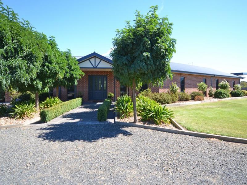 84 Kokoda Drive, Haven, Vic 3401