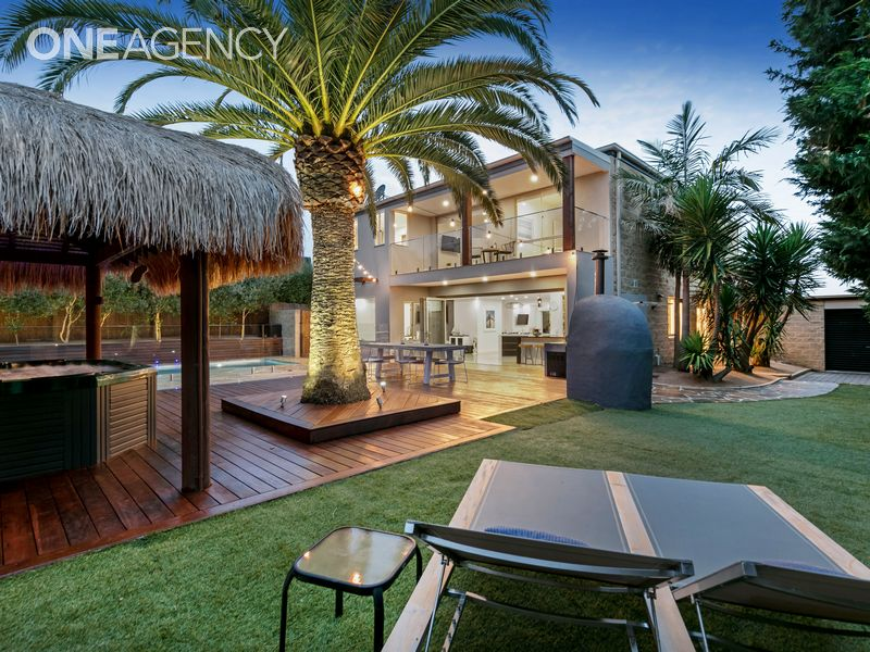 4 Somerset Place, Safety Beach, Vic 3936