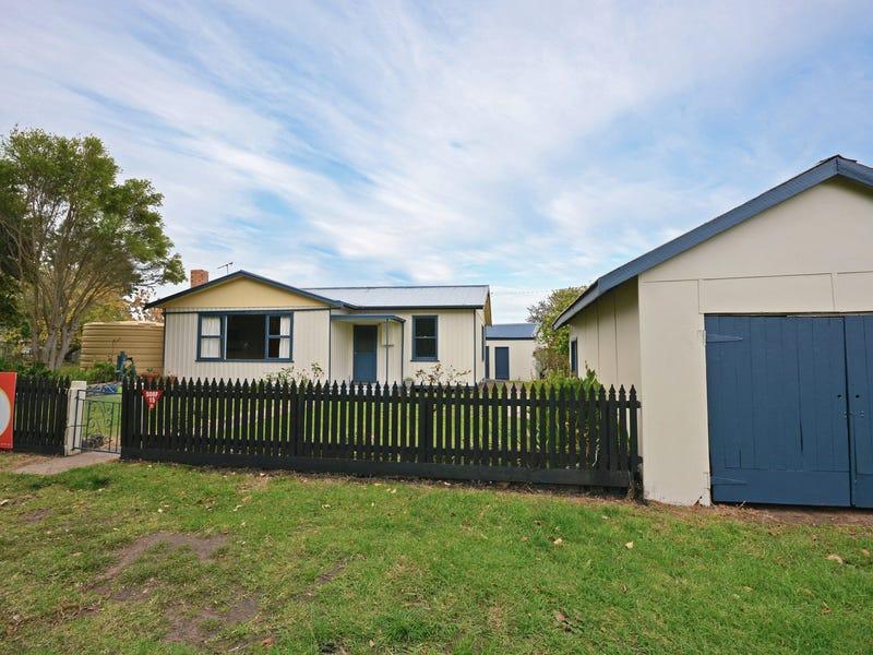17 Reserve Road, Tyrendarra, Vic 3285