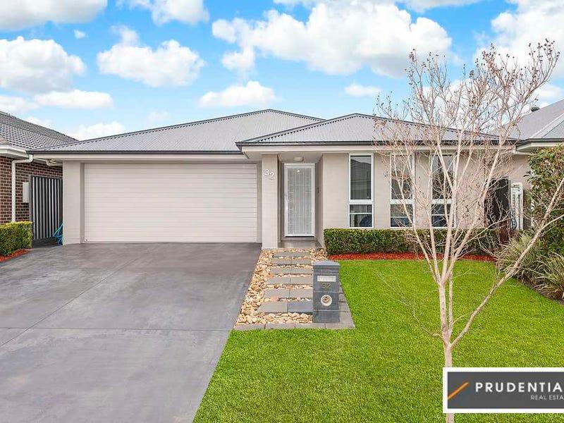 32 Butler Street, Gregory Hills, NSW 2557