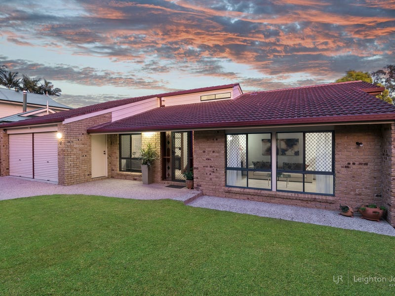 27 Rialanna Street, Kenmore, Qld 4069