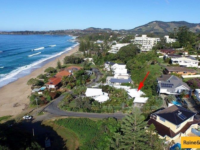 6a Emerald Avenue, Sapphire Beach, NSW 2450