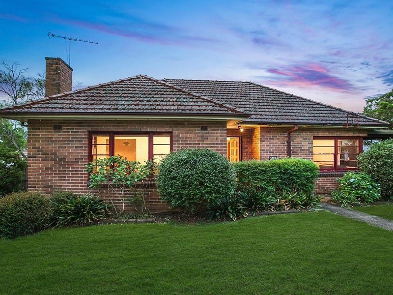 465 Blaxland Road, Denistone East, NSW 2112