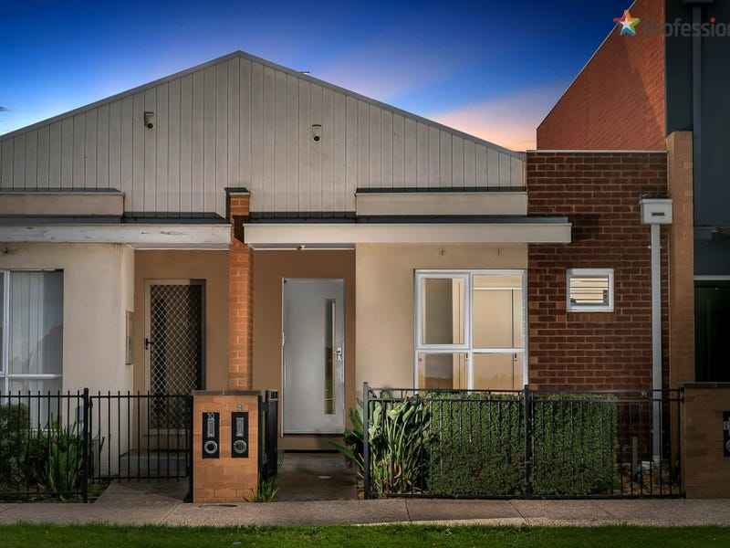 9/30-40 College Street, Caroline Springs, Vic 3023