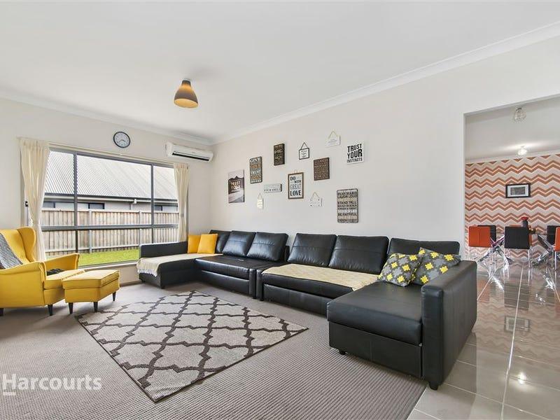 16 Wingello Crescent, Tullimbar, NSW 2527