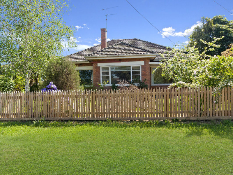 13 Webster Street, Mortlake, Vic 3272