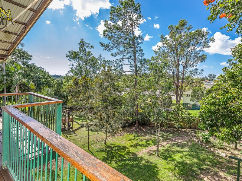 51 Rutherford Street, Stafford Heights, Qld 4053