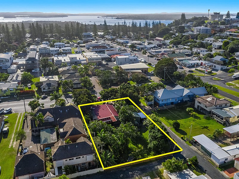 14 Beach Street, Yamba, NSW 2464