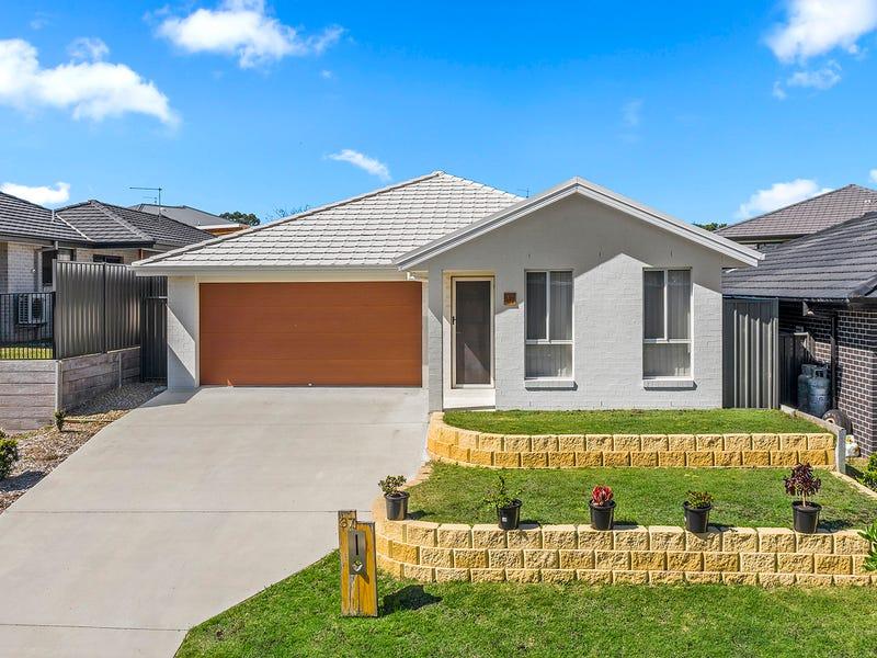 37 Sullivans Rd, Moonee Beach, NSW 2450