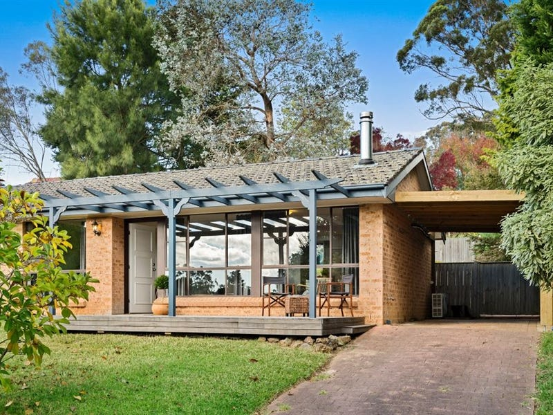 13 Winifred Crescent, Mittagong, NSW 2575