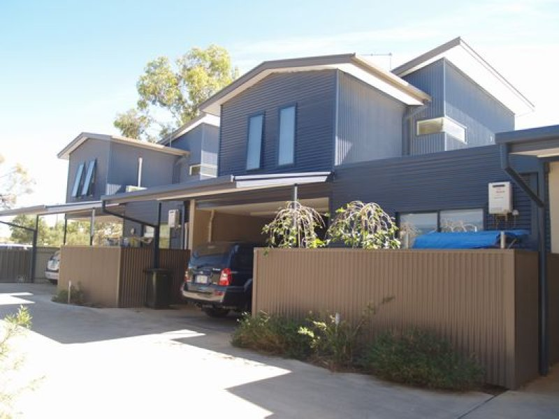 2/2 Giles Street, East Side, NT 0870