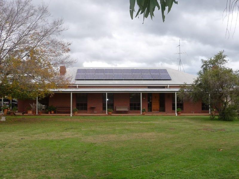 18 Maiden Smith Drive, Moama, NSW 2731