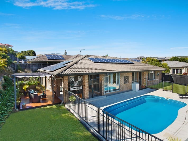 4 Barcoo Street, Pacific Pines, Qld 4211
