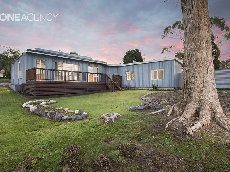 2 Stockdale Avenue, Sisters Beach, Tas 7321