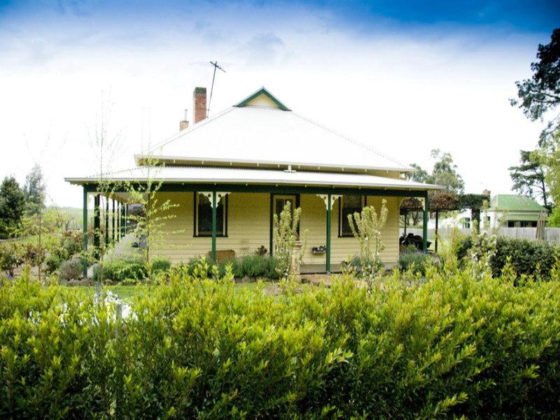 2060 Melbourne - Lancefield Road, Riddells Creek, Vic 3431