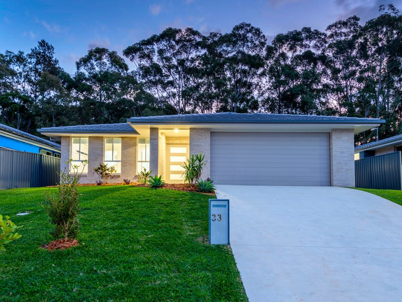 33 Admiralty Drive, Safety Beach, NSW 2456
