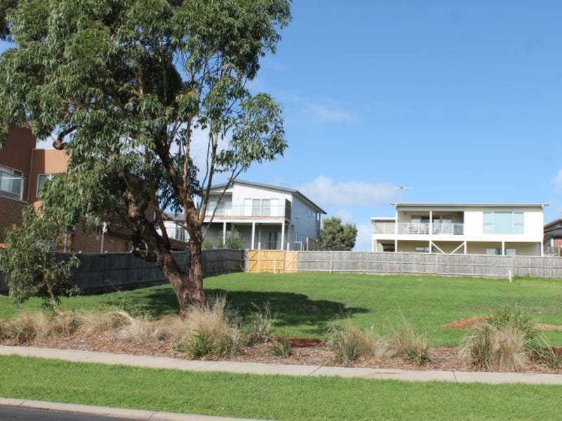 405 Settlement Road, Cowes, Vic 3922
