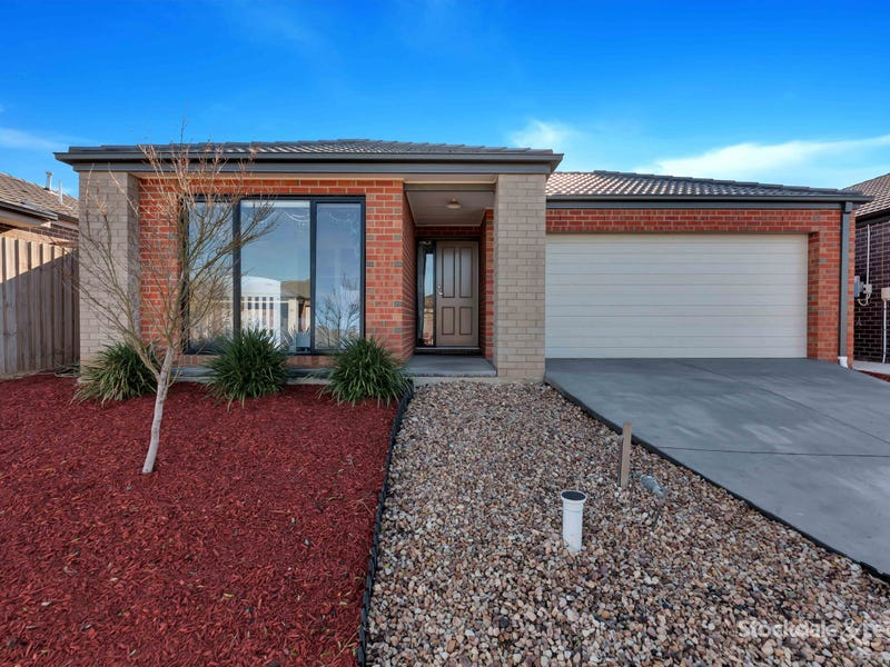 24 Chantelle Pde, Tarneit, Vic 3029