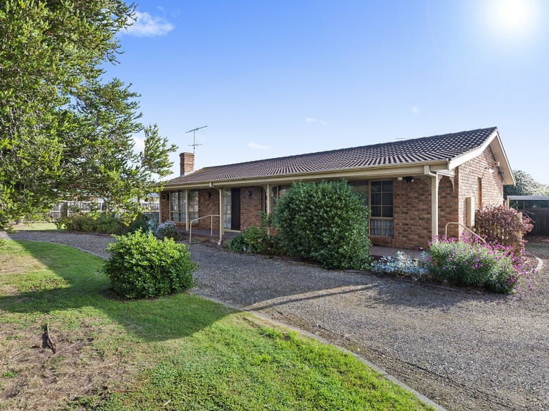 135 Grove Road, Grovedale, Vic 3216