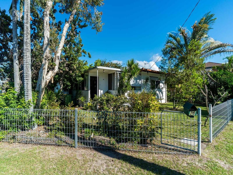 28 Falkinder Avenue, Paradise Point, Qld 4216