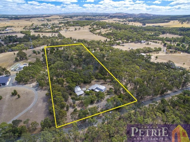 351 Millers Road, Invermay, Vic 3352