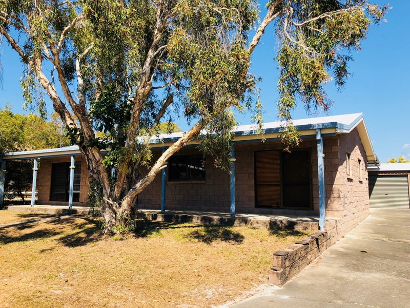 24 Bombala Crescent, Rainbow Beach, Qld 4581
