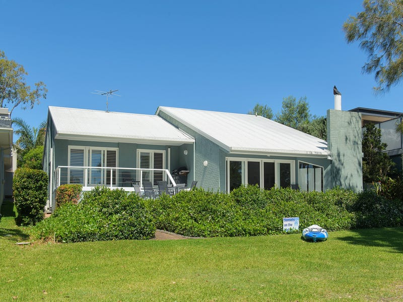 26 Cromarty Road, Soldiers Point, NSW 2317