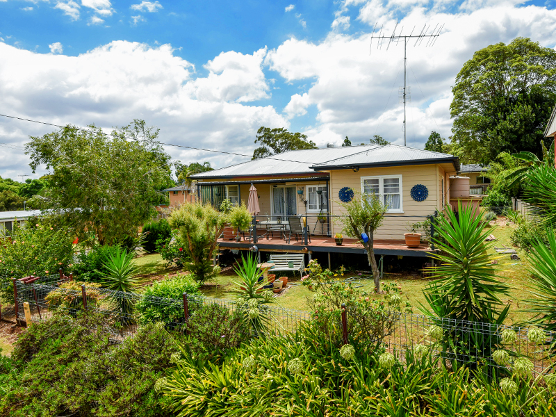 33a South Street, Rangeville, Qld 4350