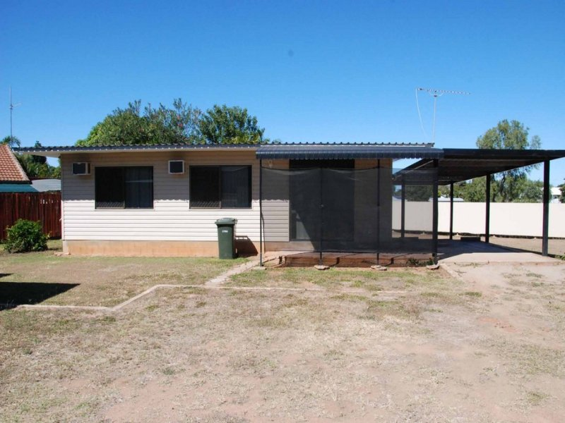 35 Rainbow Road, Towers Hill, Qld 4820