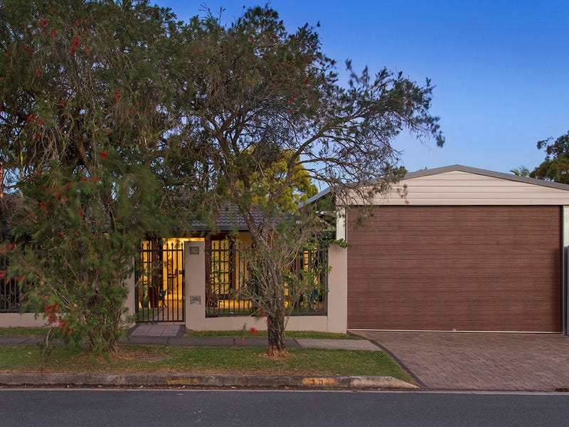 30 Anne Street, Southport, Qld 4215