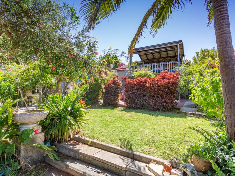 37 Oxcliffe Road, Doubleview, WA 6018
