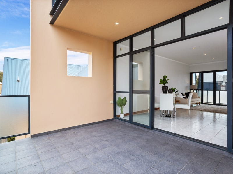 2/190 Loftus Street, North Perth, WA 6006