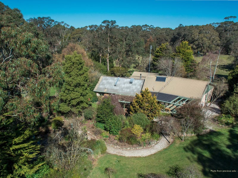 80 Donalds Road, Woodend, Vic 3442