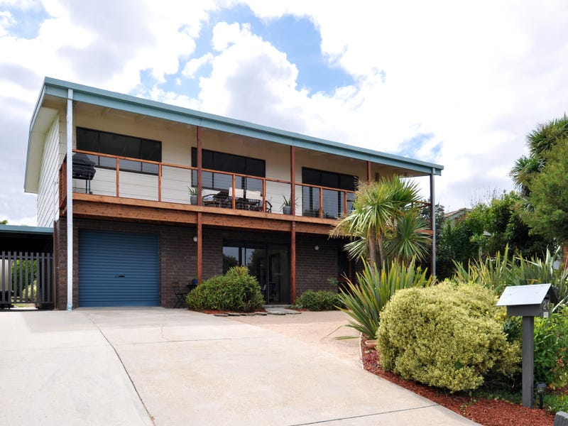24 Lakeview Drive, Lakes Entrance, Vic 3909