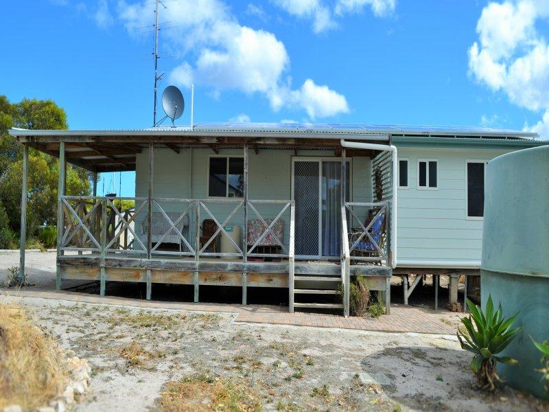 15 Gannet Cresent, Marion Bay, SA 5575