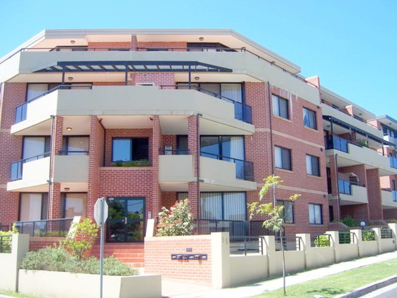 1/1 Kitchener Avenue, Regents Park, NSW 2143