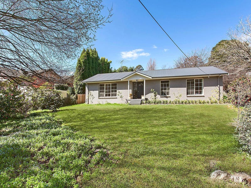 16 Holly Street, Bowral, NSW 2576