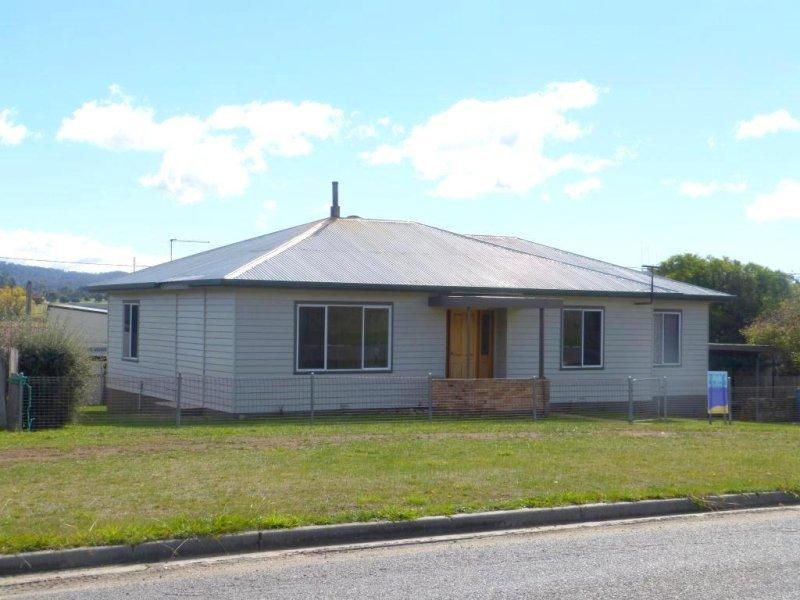 31 Grant Street, Fingal, Tas 7214