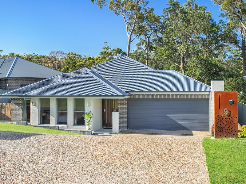 9 Molloy Street, Mollymook, NSW 2539