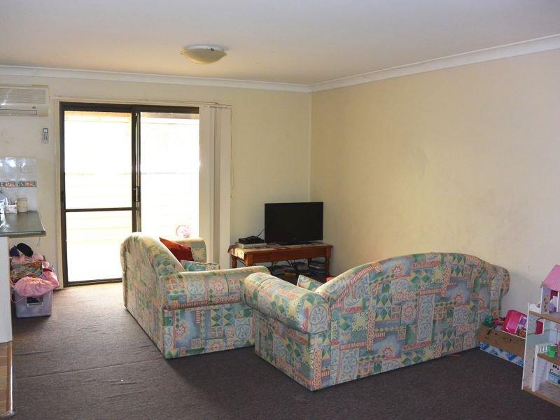8/2 Cadonia Road, Tuggerawong, NSW 2259