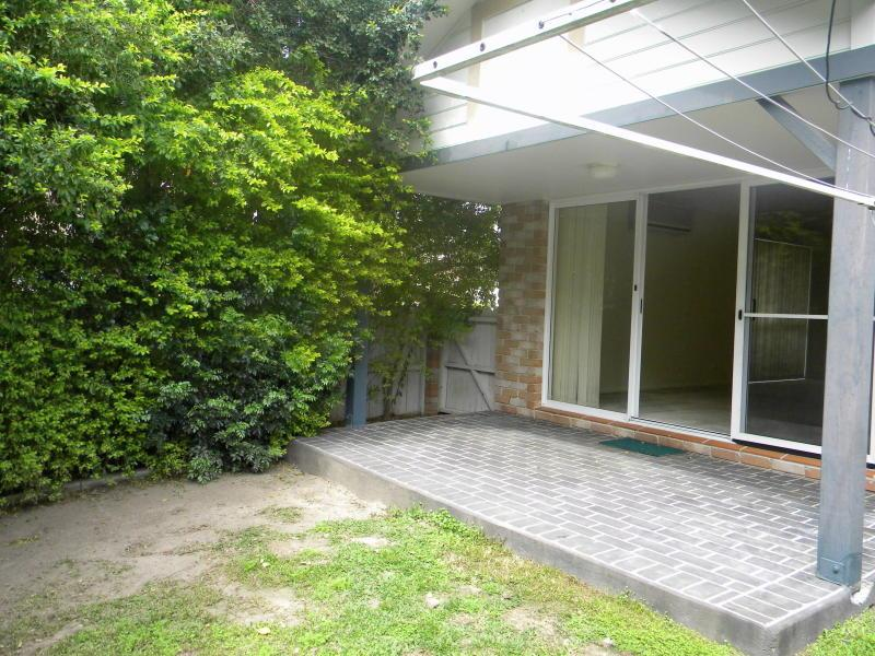 2/192-196 Queen Street, Southport, Qld 4215