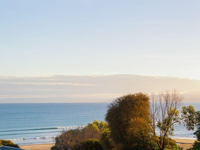 130 Swanwick Drive, Coles Bay, Tas 7215