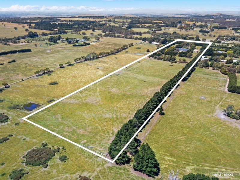 62 Tweddle Road, Gisborne South, Vic 3437