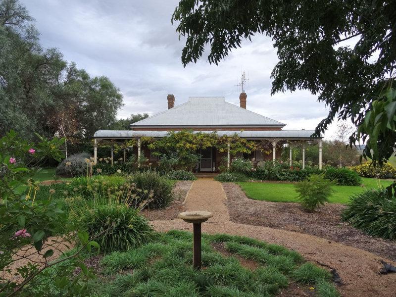 3722 Henry Parkes Way, Manildra, NSW 2865