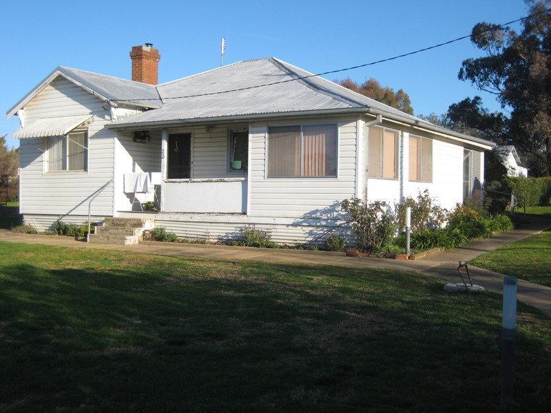 22 Albury Street, Harden, NSW 2587
