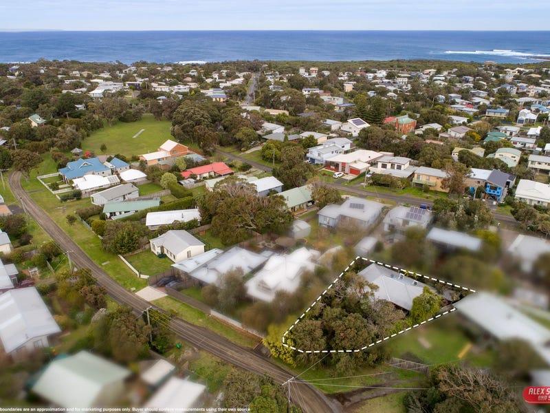 17 PARK PARADE ROAD, Cape Paterson, Vic 3995