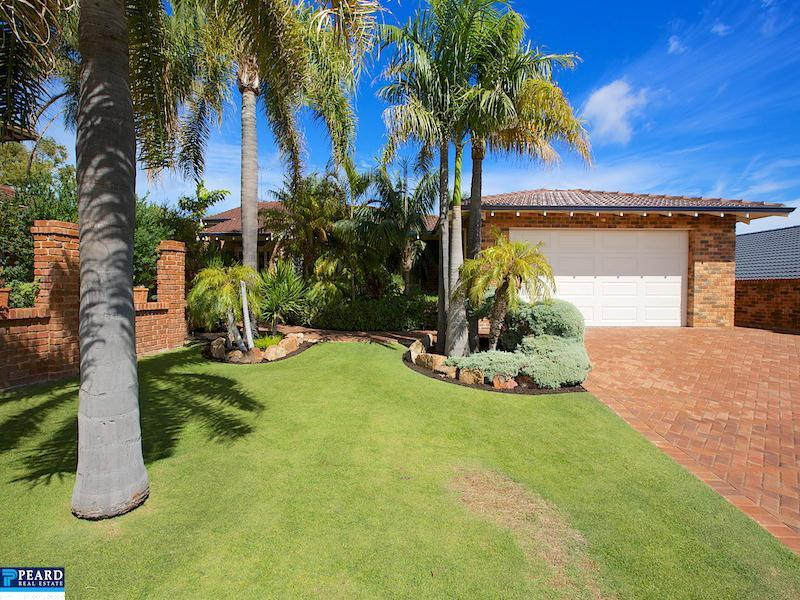 10 Duffield Grove, Carine, WA 6020