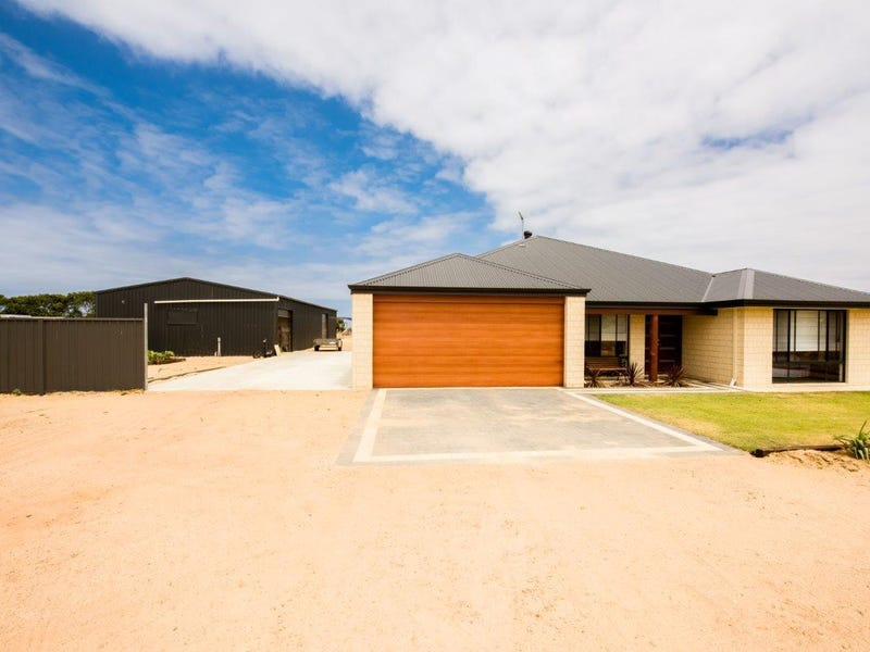 64 Wittenoom Circle, White Peak, WA 6532