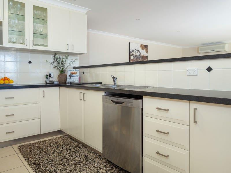 6 COX PLACE, Sunshine Bay, NSW 2536
